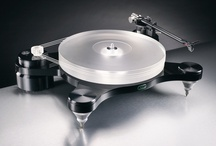 Audiophile Turntables for Home Listening