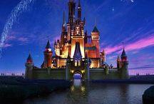 Disney❤️ / Ah, Disney ❤️ Always when i watch a Disney movie, i get so inspired! Pin what you like! ~Sofia