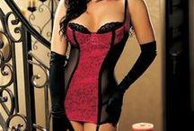 KORZETY / corsets / Korzety jsou nedílnou součástí šatníku každé moderní ženy. Podtrhují ženskost, zdůrazňují ženské tvary a jsou praktické, pohodlné a sexy. Korzety zakrývají nedokonalosti na vašem těle a můžete tak docílit vysněných dokonalých křivek. V nabídce najdete korzety v různých střizích i barvách. I ve velikostech 75G, 75F, 80G, 85F, 85G apod.