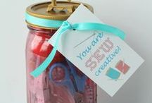 Gift Ideas / Gift guides, ideas, printables, wrapping ideas, gift bags and baskets.