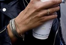 BIJOUX / Ma boîte à trésors, remplie d'inspirations de bijoux et de façon de les porter.  #jewellery #jewels #bijoux