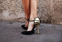 SHOES / Le point faible d'une femme : les chaussures ! Les ballerines, les baskets, les escarpins, les sandales... Je les aime toutes !