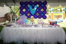 Balloon ONEderland Birthday Party / Children's Birthday Party held in New Jersey. Balloon ONEderland Theme designed by B Lee Events, a NYC and Tri-State Area Party and Event Planning Company.