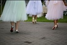 Bridesmaids in pastel