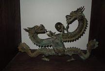antique bronze dragon / bronze dragon