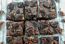Kek Tarifleri / Birbirinden güzel, birbirinden nefis ev yapımı denenmiş kolay kek tarifleri bu panomuzda.