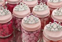 Ideas: Party Favours / Take-home party treats that are affordable, do-able, and super cute!