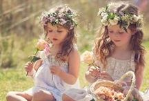 Niños de boda ❤️ / Los niños pueden jugar un papel fundamental para conseguir una #boda de cuento. Resalta su encanto natural con bonitas y delicadas prendas para tus pequeños príncipes y princesas.