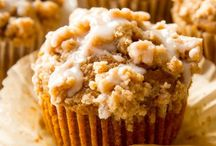fall and winter baking / Desserts and baked goods for fall, autumn, winter. Pumpkin, apple, maple--recipes using our favorite cold weather flavors!