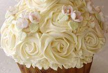 Cupcakes / by Irene Rojas