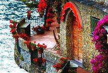 Da Toca ao Arranha-Céu / Da mais simples choupana as mais belas obras de arquitetura, enfim lugares e lugarejos onde o homem faz da sua morada um lugar sagrado.