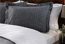 Bedding for Men / Your favorite bedroom and decor ideas for men's bedrooms.