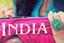 Удивительная Индия / Здесь оживают сказки о султанах и красивейших дворцах и храмах, тут повсюду можно найти живописные места полные загадок, пройтись по улочкам, вдыхая неповторимый аромат специй и пряностей, заняться йогой и примерить традиционную одежду