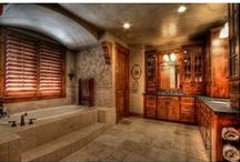 Stunning Bathrooms / Sometimes, a picture says a thousand words, and these bathrooms speak volumes!