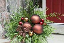 wreaths/arrangments