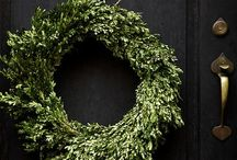 Holiday Doors & Entries / Make a statement with a welcoming entrance to your home for the holidays!