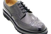 Il Gergo English Lady Donna / Per un look impeccabile e uno stile inglese da donna, le scarpe #IlGergo sono perfette per ogni momento della giornata o occasione. #Derby, #Oxford, traforata con coda di rondine o con bucatura e sbizzettatura, le scarpe #ilGergo sono la scelta ideale per un look elegante e casual. Realizzate a mano con costruzione #Blake o #GoodyearWelted, #MadeInItaly 100%.