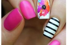Summer Nails to glam up your Summer outfits!