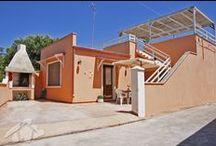 Casa Vistamare Torre San Giovanni / Accogliente con colori caldi ed estivi.