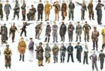 UNIFORMES TERCER REICH Y OTROS / Uniformes y otras fotos relacionadas con el Tercer Reich