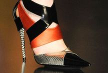 Shoes with style  / Chic shoes  / by Patricia Phelan