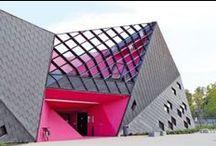 Architecture ! Mulhouse la moderne / La ville de Mulhouse compte de nombreux édifices remarquables. Voici quelques bâtiments emblématiques et audacieux qui changent le visage de la ville.