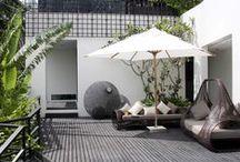 Inspiration Terrasses et Extérieur / Pour nous, l'extérieur est un espace de vie aussi important que l'intérieur. Aimez votre terrasse et aménagez-la selon vos inspirations !