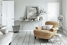 WHITE INTERIORS / by Mieke Stender-Eijssen