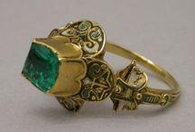 1600-1699 jewelry