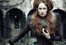 style: Queen Elizabeth