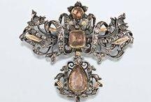1700-1799 jewelry