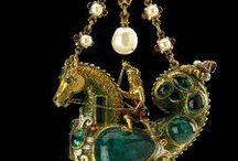 1500-1599 jewelry