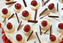 Cakes עוגות