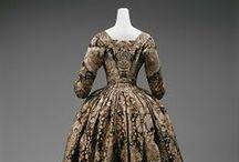 1720-1729 women's fashion
