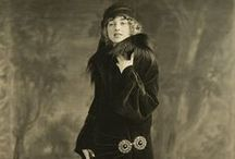 1920-1925 fashion in photographs / by Jaana Seppälä