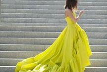 Stunning Gowns / by Danni Fernandez