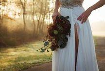 Casamentos| Weddings / Estes são alguns dos acessórios e arranjos florais que criamos para casamentos nos últimos tempos!   Para encomendas e pedidos de orçamento, por favor contacte-nos através de email para isabel.castrofreitas@gmail.com.  Estamos disponíveis para o receber no nosso atelier, com marcação prévia.   Obrigada <3 Isabel Castro Freitas