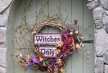 Halloween Window Door Stair / Ideas for your windows, doors and stairs at Halloween.