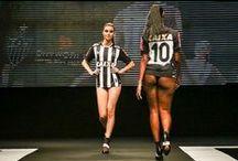 Kobiety w Futbolu / Kobiety w świecie piłki nożnej • Piękne dziewczyny w piłce nożnej • Gorące kobiety na trybunach • Wejdź i zobacz więcej >>