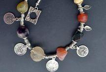 ANTIQUE Jewelry / LOVE ANTIQUE??