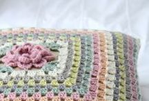 Crochet Inspiration / I LOVE crochet and this is the place I save all those cute ideas that I never seem to get the time to make!