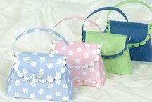 Caixas, envelopes e sacolas