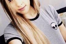 Ariana  / Ariana Grande