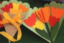 Jarní květiny, Velikonoce, příroda / Jarní a velikonoční dekorace z různých materiálů.