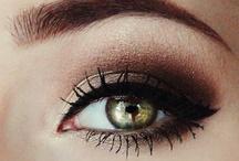 Make up / by Purita Avila