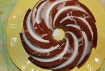 Bundt cake / On this board you'll find delicious Bundt cakes!  Some I have pinned and some I've baked!  Enjoy!