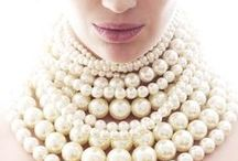 How to Style Pearls