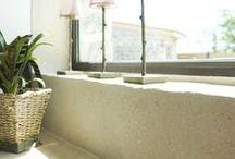Enduit à l'argile / Enduit décoratif naturel pour la décoration intérieure composé d'argile et de sable. Facile à réaliser. Enduit pré-teinté. Monocouche. 25 kg = 12 m² selon finition et support.