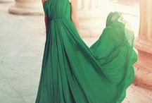 It's all about that dress))
