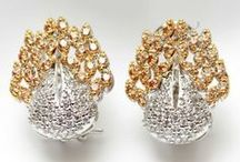 Earrings Outlet / Get inspired and shop the latest earrings on onlinemela.pk